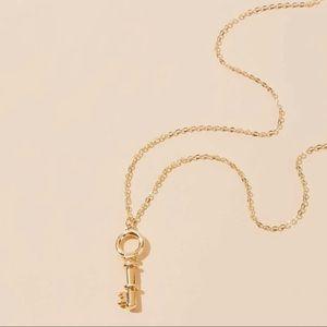 3/$30 💛 Key Pendant Necklace